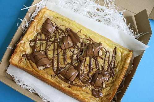 Kinder Bueno & Nutella Blondie