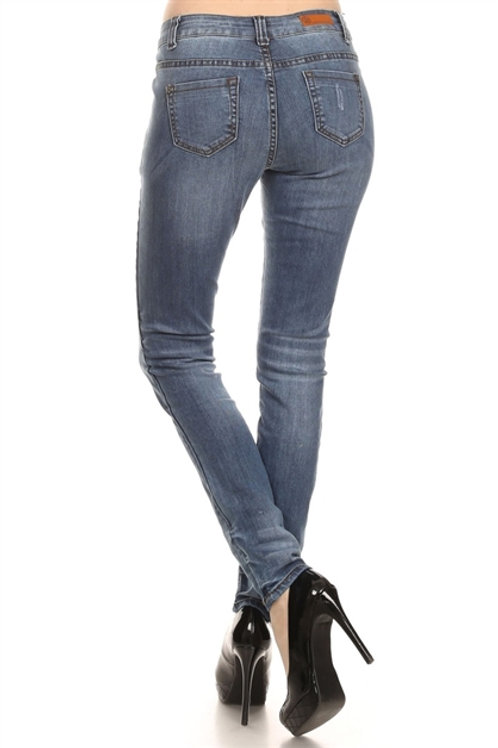 Solid Lightly Distressed Women's Skinny Jean
