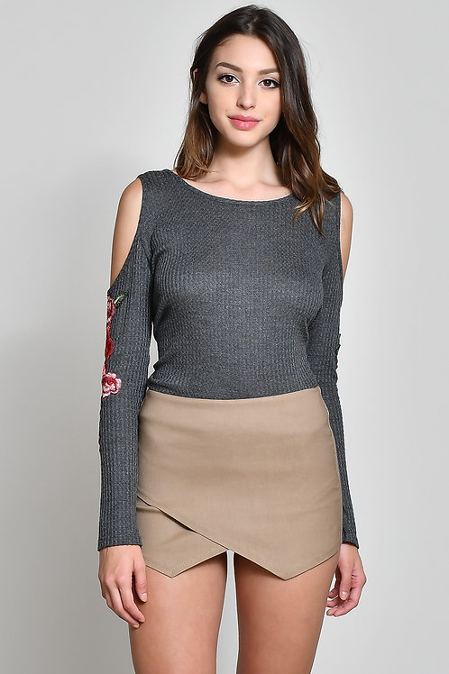 Shoulder's Free Embroidered Knit Sweater