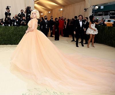 Bille Eilish Met Gala Dress ful length.jpg