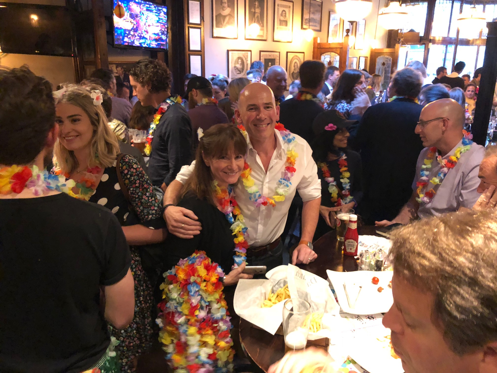 Distoy London 2018 Nigel Dyer and Mary nice crowded bar shot