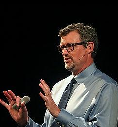 Tim Walsh speaking nice shot from Tim.jp