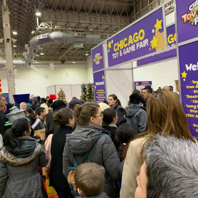 2019 Fair crowded entrance.jpg