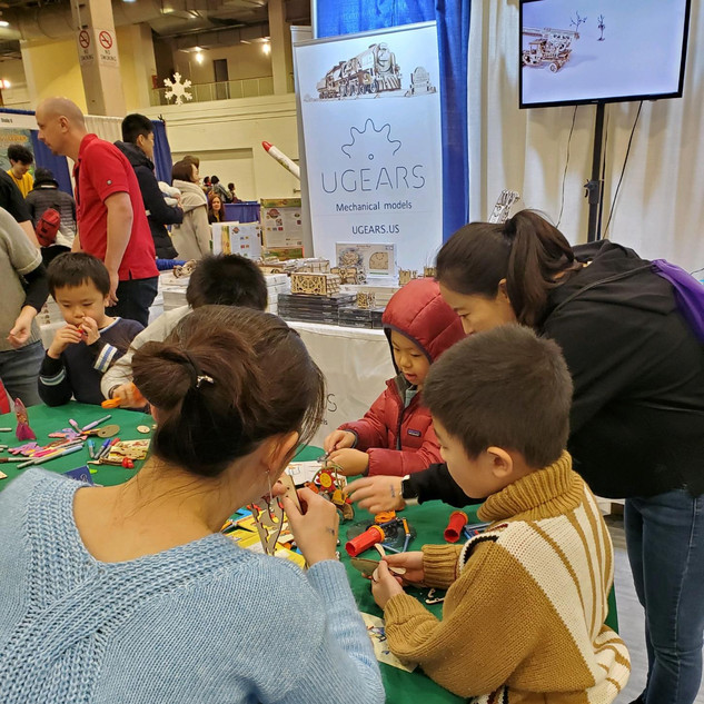 2019 Fair UGears booth pic by Debbie Lab