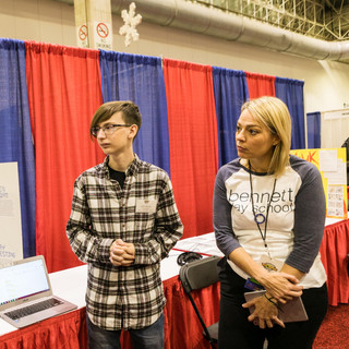 2019 YIC Kelly Page w 2 young inventors
