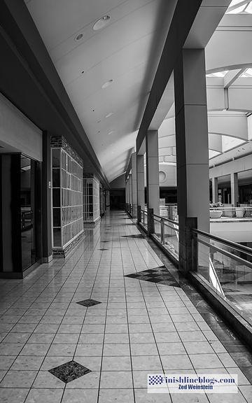 Metrocenter's Final Day-21.jpg
