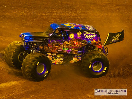 Monster Jam Lightroom-17.jpg