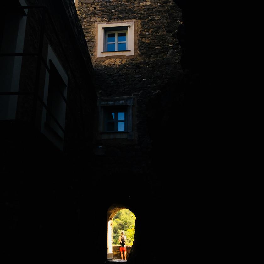 Coletta, ein vollständig restauriertes Dorf aus dem 13. Jahrhundert, in dem man nun (Ferien)Wohnungen mieten/kaufen kann. Die Infrastruktur bietet die Möglichkeit, dort das ganze Jahr zu leben.