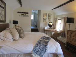 Astute bedroom