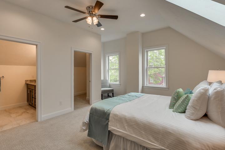 27_Bedroom3-3