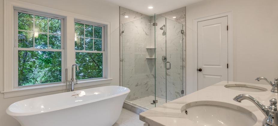 22_Bathroom-5.jpg