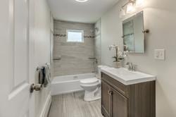 21_Bathroom-2
