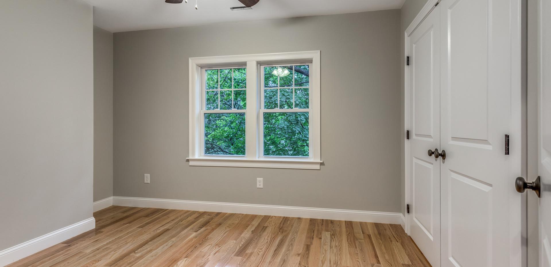 24_Bedroom-6.jpg