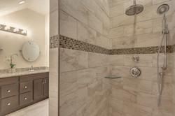 29_Bathroom2-2