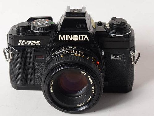 Minolta X700 with 50/1.7 lens