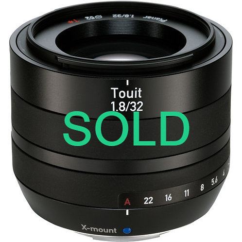Zeiss Touit 32mm f1.8 for Fuji X-mount
