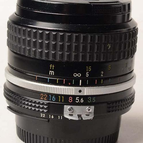 Nikon 28mm F3.5 Ai