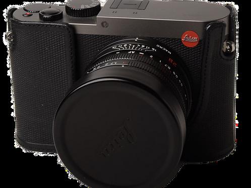 Leica Q Titanium