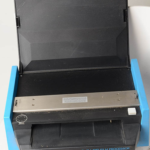 Polaroid 8X10 Land Film processor outfit