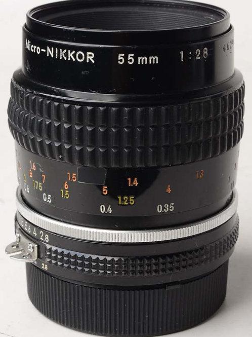 Nikon 55mm F2.8 Micro