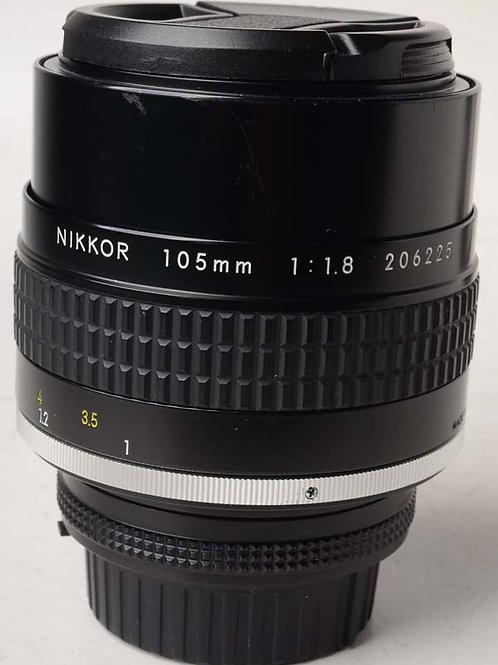 Nikon 105mm F1.8 AIS