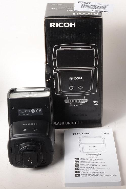 Ricoh GF-1 Flash