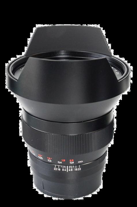 Zeiss 15/2.8 ZE lens for EOS SLRs