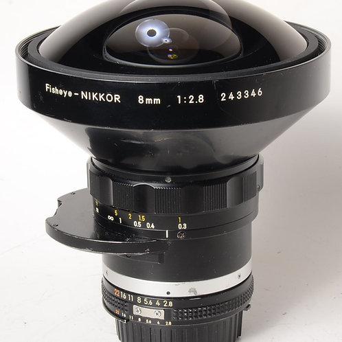 Nikon 8mm f2.8 Ai-S