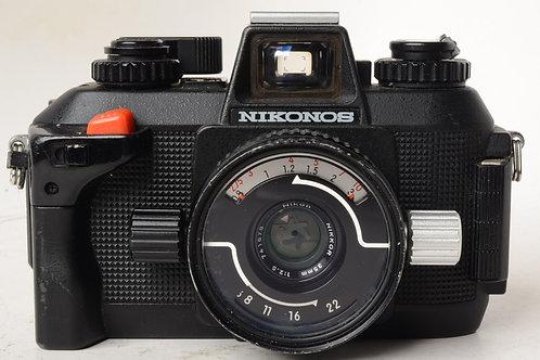 Nikonos IVA