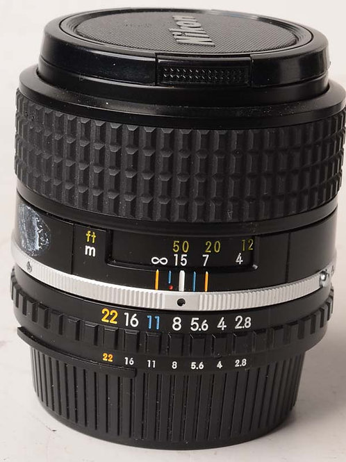 Nikon 100mm F2.8