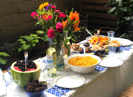 How to Host a Summer Dinner Series