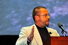 Burt Hamner speaks at the 2009 Cleantech