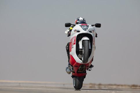 אופנוע כביש בווילי