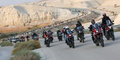 טיול אופנועים