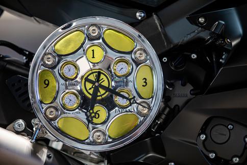 שעון קיר מחלקי אופנוע ימאהה