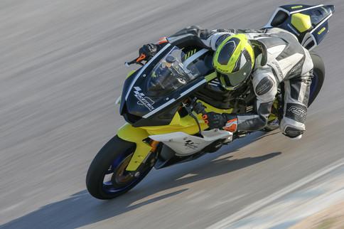 צילום אופנוע במסלול