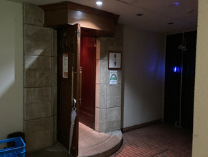 六本木駅9分 地下1階  BAR居抜き