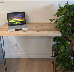 Minimalist Ambrosia Desk