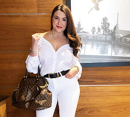 theFITista in all white with Louis Vuitton purse