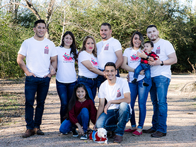 photo-lopezfamily2.png