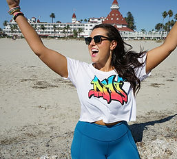 theFITista in dhf gear at the beach