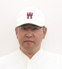 小宮山監督 顔写真.jpg