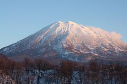 SUNLIGHT CATCHING MT YOTEI