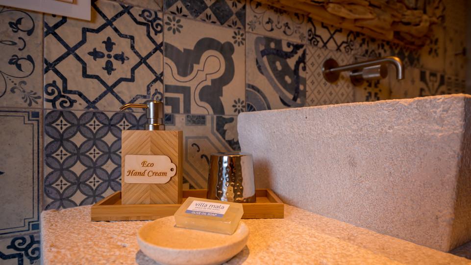 ANTIQUE STONE BATHROOM