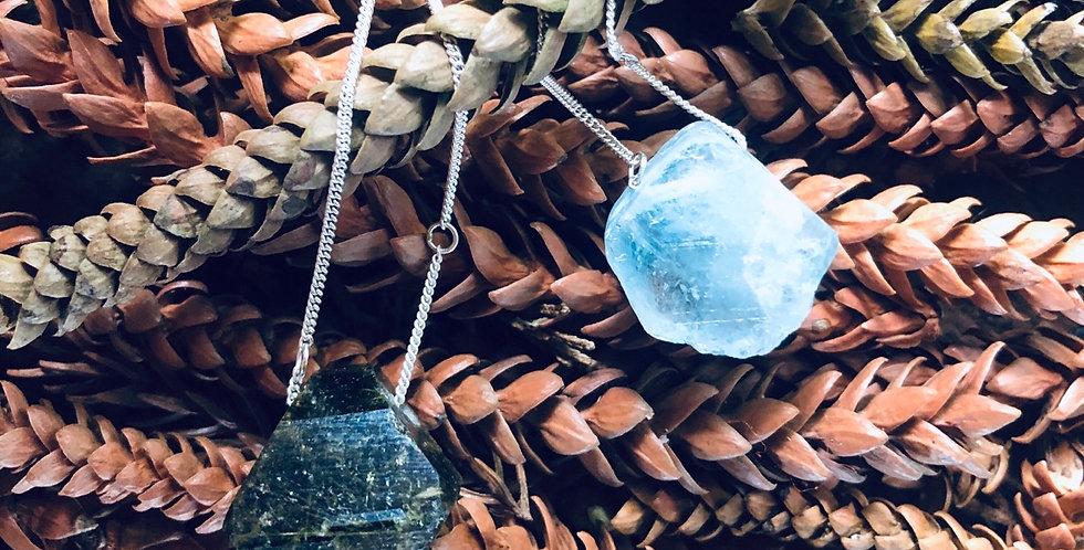 Epidoto e Topázio Azul escapulário de prata