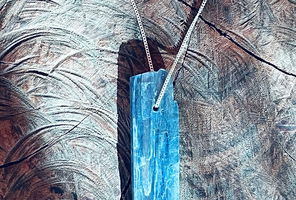 Cianita azul grande corrente de prata longa