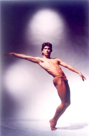 [中][ENG] 與芭蕾巨星朱里奧.波卡共舞 An Interview with Julio Bocca: You Don't Dance Alone