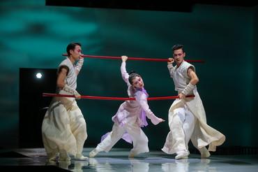 [中]俗塵渺渺,天意茫茫——評香港舞蹈團《紫玉成煙》