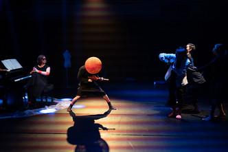 [中] 由《霓虹》看跨媒體舞蹈音樂劇場的新嘗試