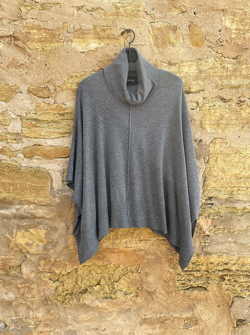 ONE SIZE - C'est Moi  Sweater in Heather Grey